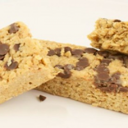 Chocolate chip monster flapjack (30s)